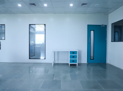 CLEAN ROOM PARTITION & DOORS