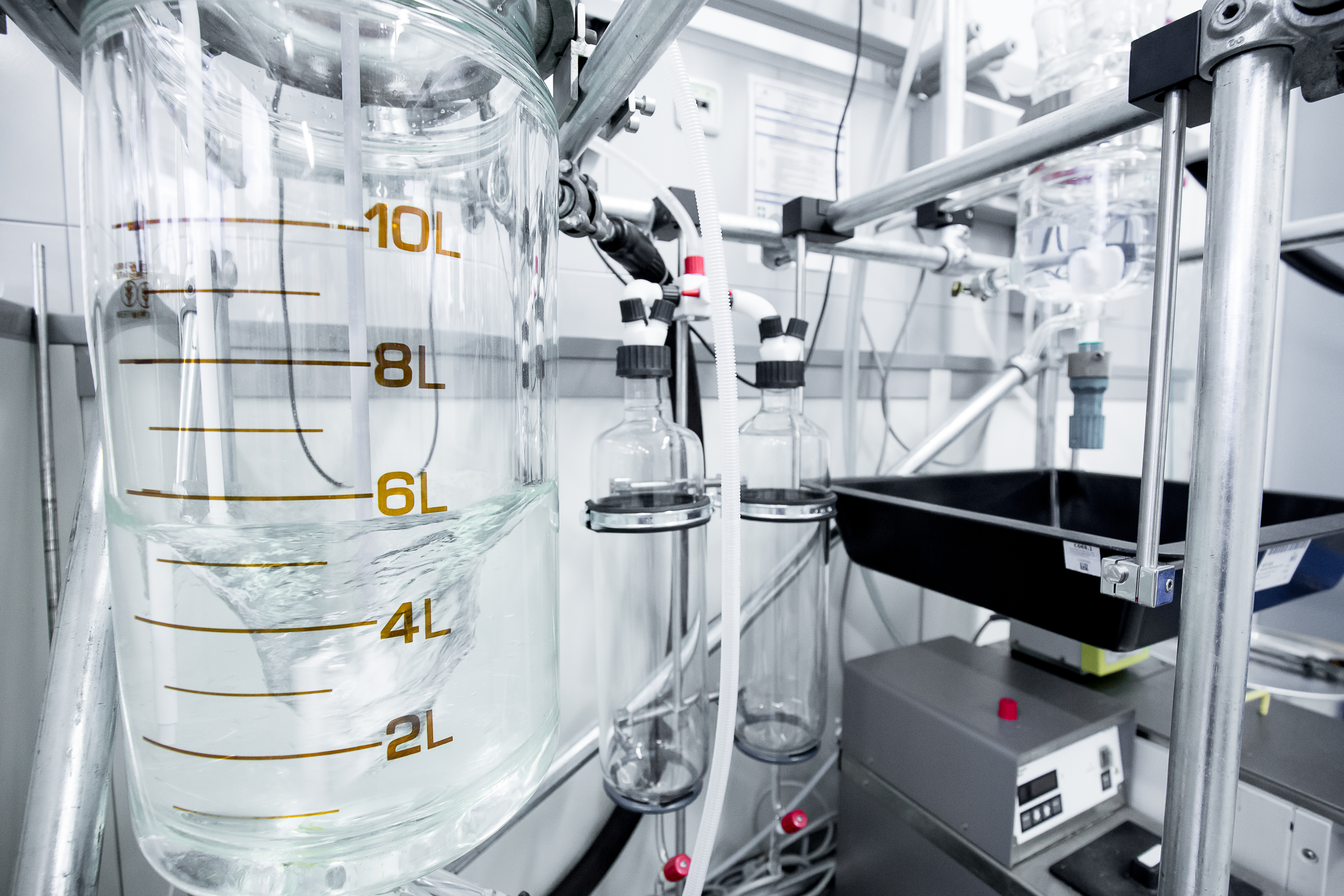 Scale-up and demonstration of biotechnological processes